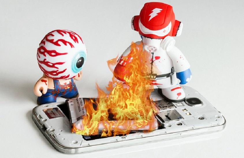 گرم شدن بیش از حد گوشی میتواند آسیبهای جدیای به آن وارد کند