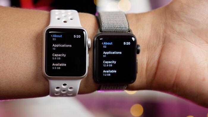 اپل واچ سه با دو بند ساعت متفاوت