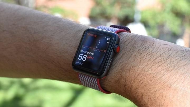شمارنده ضربان قلب ساعت هوشمند اپل واچ