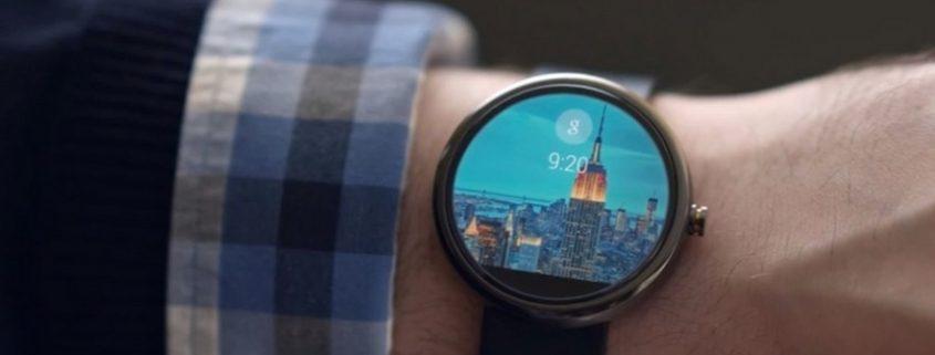 ساعت هوشمند برند فعالان مد و فشن