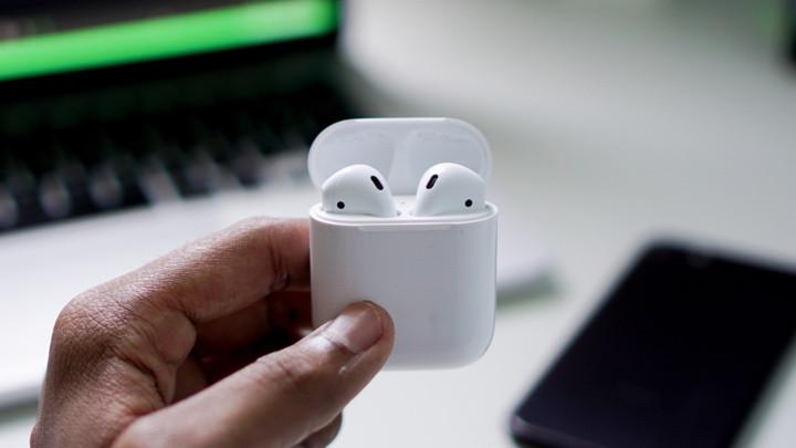 تمیز کردن جعبه اپل ایرپادز
