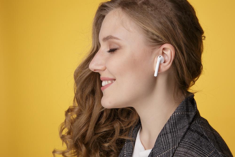 قیمت و خرید هدفون بی سیم اپل ایرپاد 2 - Airpods 2 With Wireless Charging Case