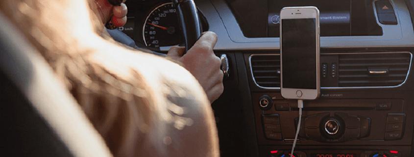آیا شارژر فندکی به باتری گوشی و باتری ماشین ضرر میزند؟